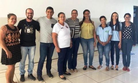 Conselheiros Municipais de Assistência Social-CMAS.