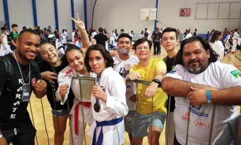 ENZO BASSIÉ CAMPEÃO BRASILEIRO ESTUDANTIL DE KARATÊ EM UBERLÂNDIA