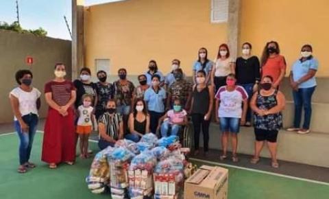 Estivemos hoje na APAE -Dois Irmãos do Buriti, para entregar cestas básicas aos 48 usuários da unidade.