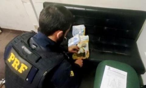 Passageira é presa com cocaína e maconha em ônibus em MS