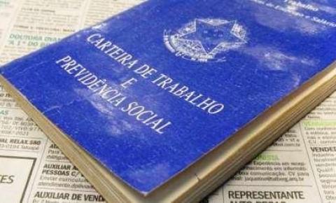 IBGE: desemprego na pandemia atinge maior patamar em agosto