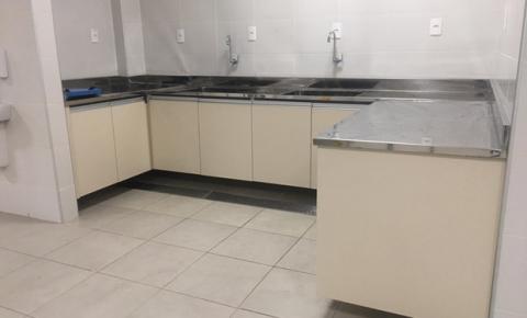 Artefatos em aço inox são instalados no Hospital Regional de Castanhal
