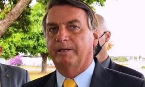 'Não será comprada', diz Bolsonaro nas redes sobre vacina Coronavac