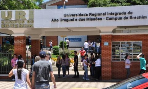 Universidades ampliam o acesso à graduação na Black Friday com descontos de 50%