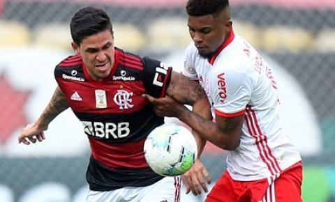 Flamengo e Internacional disputam título do Brasileirão nesta quinta-feira (25)