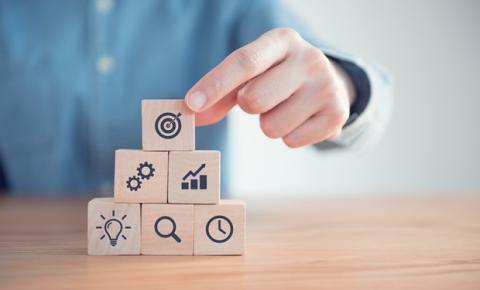 Aprender, desaprender e reaprender: o processo de atualização profissional