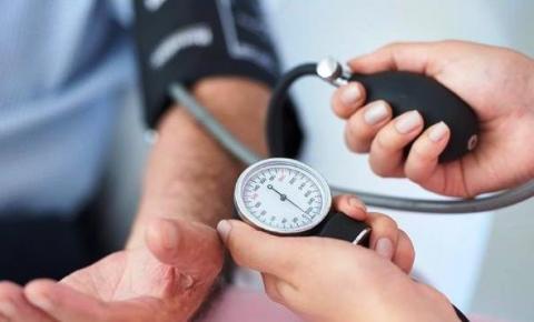 Hipertensão pode estar relacionada a 80% dos casos de AVC e 60% dos casos de infarto