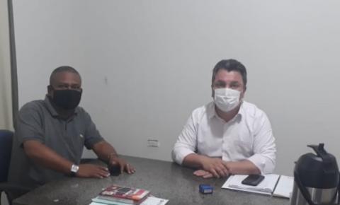 Secretário de Educação Eder Aguiar Viana recebeu  visita do Gestor do Pólo Anhanguera