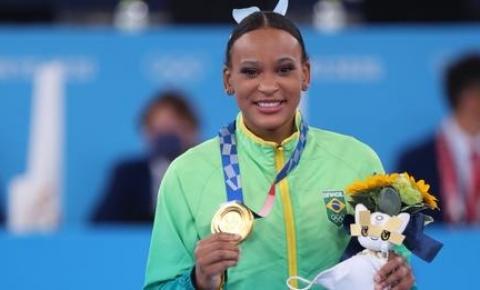Olimpíadas 2020 dia #12: Rebeca é 1ª campeã olímpica brasileira na ginástica