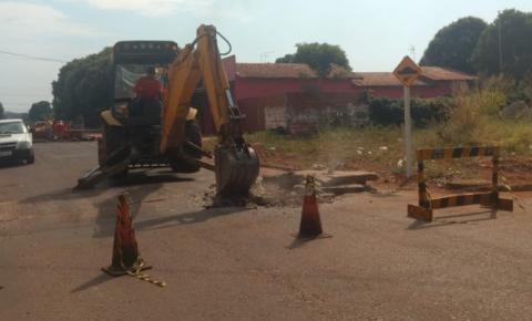 Prefeitura Dois Irmãos do Buriti instala redutor de velocidade