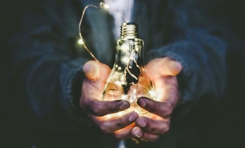 Empreendedorismo, novos hábitos e adoção digital impulsionam setor de Cosméticos
