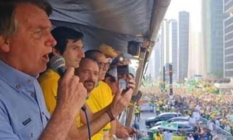 """Bolsonaro muda discurso e agora diz que """"não teve intenção de agredir os poderes"""""""